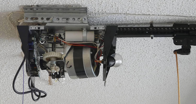 Garage Door Opener Repair Chicago